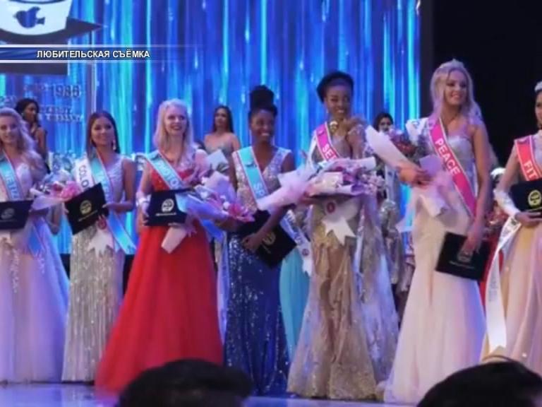 Заявила о себе на весь мир. Лидчанка Каролина Черношей вошла в топ-6 Международного конкурса World Miss University.