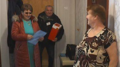 Photo of Для тех, кто не по состоянию здоровья не мог прийти на участки, было организовано голосование на дому