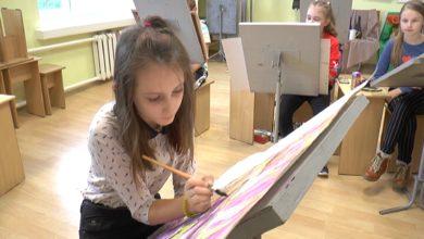 Photo of Юная лидская художница Дарья Завало в числе лучших республиканского конкурса «Счастье жить в мирной стране»