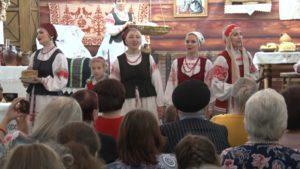 Сакральное значение белорусских ручников раскрыли землякам сотрудники Лидского отдела ремесел и традиционной культуры