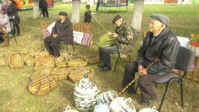 В агрогородке Едки уже третий год подряд организуют праздник корзины