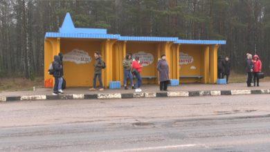 Photo of В Лиде о правилах безопасности напоминают рисунки на остановочных павильонах