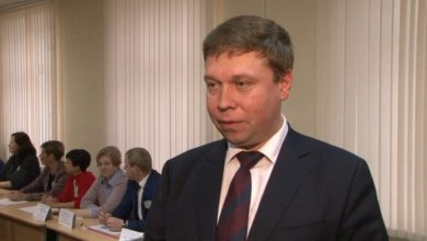 Свой голос одному из кандидатов сегодня отдал глава района Сергей Ложечник