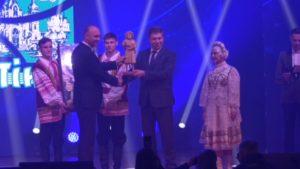 Пинск передал символический ключ от «Культурной столицы Беларуси» Лиде