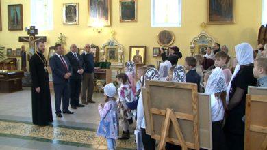 В рамках акции «Наши дети» Андрей Худык поздравил с праздниками учащихся воскресной школы экологической направленности