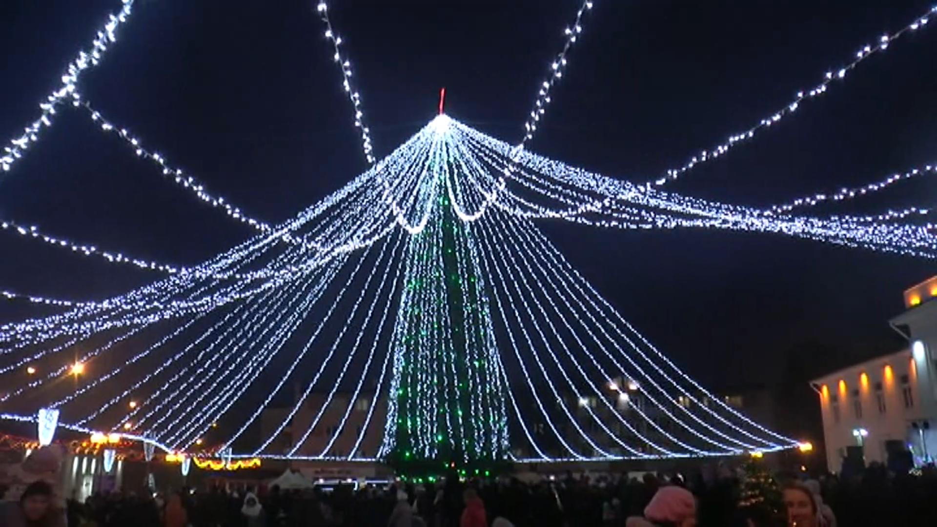 Главную новогоднюю елку в Лиде планируют установить на Дожиночной площади.