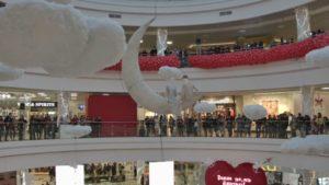 Невероятное шоу в столичном торговом центре «Дана Молл»