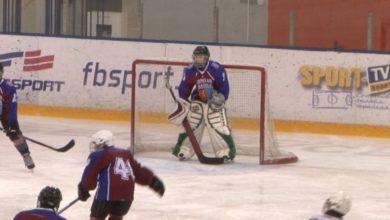 В Лиде стартовали соревнования Гродненской области по хоккею «Золотая шайба»