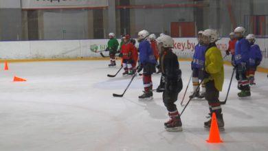 Стать в будущем хорошим хоккеистом