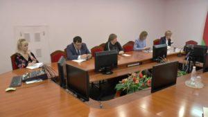 Иван Жук провел приема граждан и «прямую телефонную линию» в Лиде