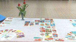 В Лидском музее открылась выставка «Обратная сторона открытки. Мир! Труд! Май!»