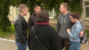 В Лидском военкомате прошла первая отправка призывников на срочную военную службу