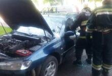Photo of Сегодня утром в Лиде по улице Варшавской горел автомобиль