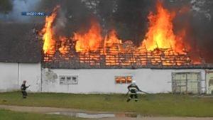 Минувшей ночью загорелся склад запчастей в агрогородке Гуды