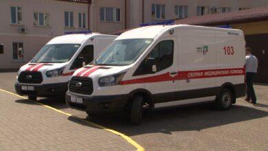 Предприятие «Белтекс Оптик» подарило станции скорой медицинской помощи два новых реанимобиля