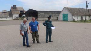 Лидские спасатели продолжают интенсивную работу на местах уборки урожая