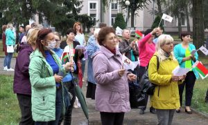 Работники культуры провели флешмоб «Працаўнікі культуры з любоўю да Радзімы!»
