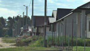 В новых микрорайонах индивидуальной жилой застройки прокладывают магистральную сеть канализации