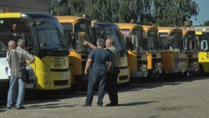 В Лидском районе провели первый конкурс профессионального мастерства среди водителей школьных автобусов
