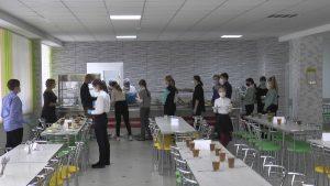 В 17-й лидской школе в новом учебном году ребята питаются в обновленной столовой