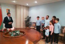 Орден матери вручен сегодня лидчанке Ирине Ильюхиной и берзовчанке Амине Журко.