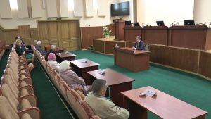 Глава района Сергей Ложечник и представители совета старейшин обсудили ситуацию в стране
