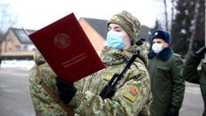 В Лидском пограничном отряде 132 новобранца принесли Клятву на верность Родине
