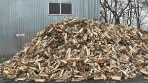 Лидский филиал «Гроднооблтопливо» полвека обеспечивает население твердым топливом