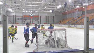 В Лиде проходит областной этап республиканских соревнований по хоккею «Золотая шайба»