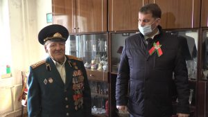 Трудовые коллективы тоже чествуют ветеранов